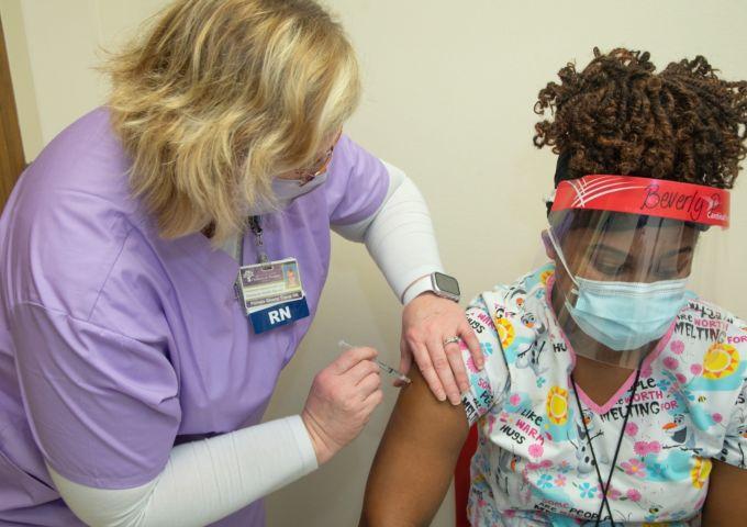 Vaccine employee 6 8